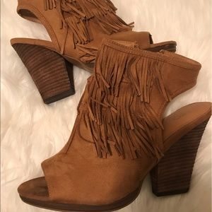 New Size 11 Fringe Wedge Booties